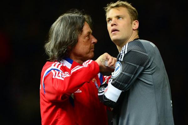 Bundesliga'da sezona kötü başladıktan sonra takımı Jupp Heynckes'e emanet eden ve art arda aldığı galibiyetlerle zirveye yükselen Bayern Münih önemli bir değişikliğe daha gidiyor.