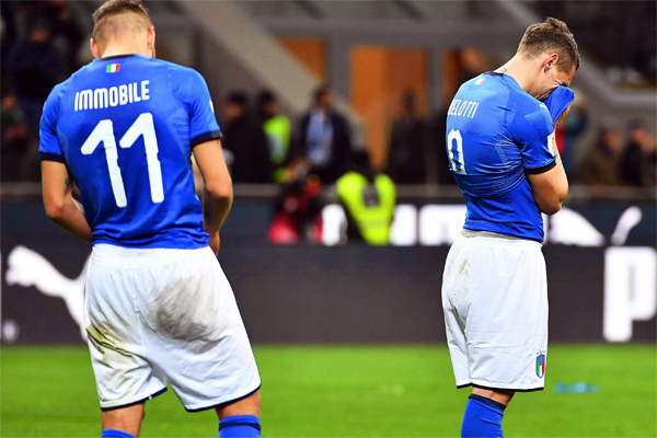 2018 FIFA Dünya Kupası Avrupa Elemeleri play-off turunda İsveç'e elenen İtalya Milli Takımı, ülke basınının bir numaralı gündemi oldu.