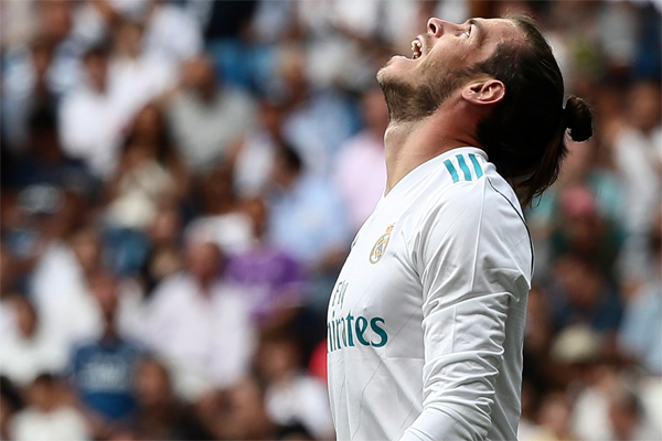 Real Madrid'e dönemin en pahalı oyuncusu etiketiyle transfer olan Gareth Bale hem geçen sezon hem de bu sezonun başında beklentileri karşılamaktan çok uzak kaldı.
