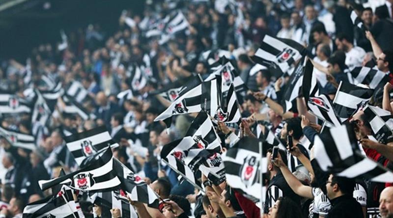 """Sosyal medyada """"Come to Beşiktaş"""" fırtınası"""
