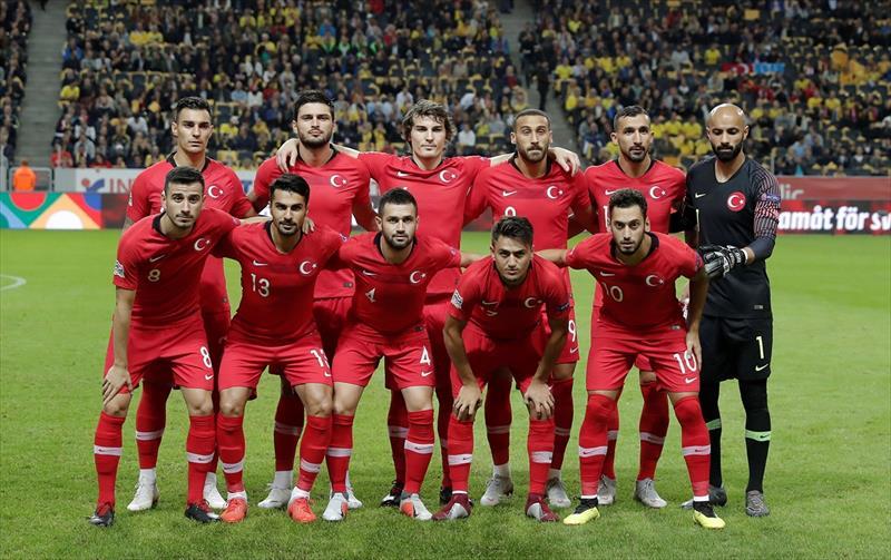 Spor yazarları İsveç - Türkiye maçını değerlendirdi.