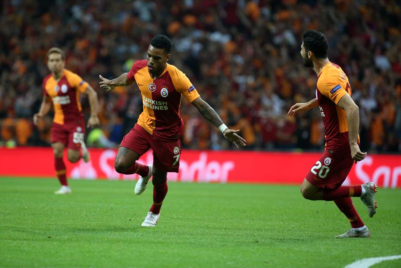 Galatasaray için atılmış en iyi 13 tweet!