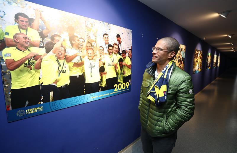 Alex de Souza yıllar sonra Ülker Stadı'nda!