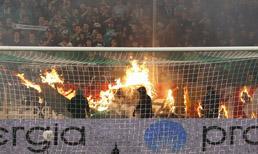 Panathinaikos - Olympiakos maçı olaylar nedeniyle tamamlanamadı