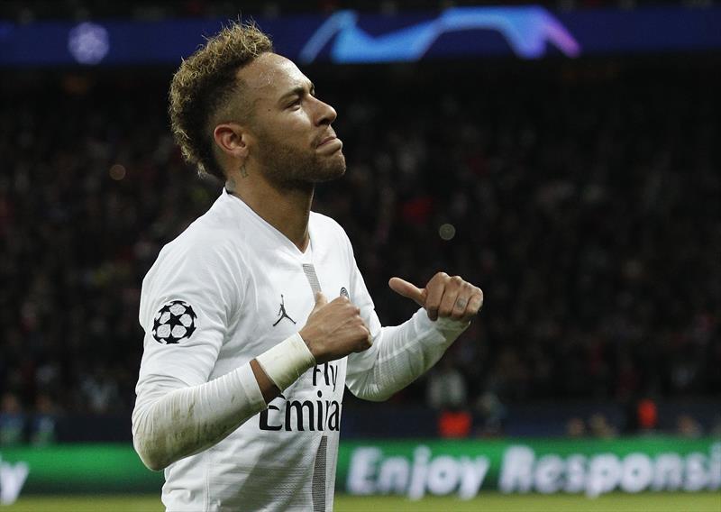 Neymar, PSG ile uzatacak!