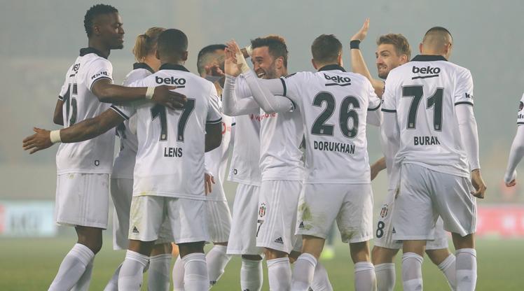 Akhisarspor Beşiktaş maç özeti