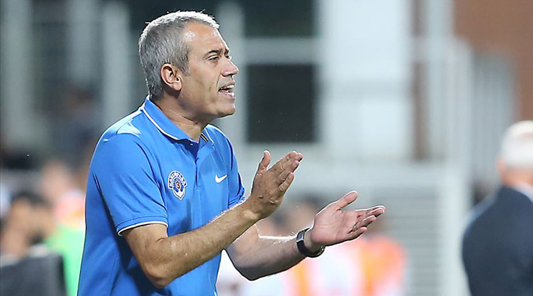 Geçtiğimiz saatlerde tecrübeli çalıştırıcı Kemal Özdeş ile yollarını ayıran Kasımpaşa, sezon başından bu yana teknik direktör değişikliğine giden 7. Süper Lig ekibi oldu. Diğer 6 kulüp hangilerinden oluşuyor, sizler için derledik.