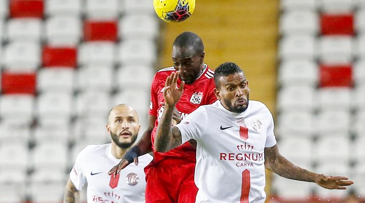 Fraport TAV Antalyaspor Demir Grup Sivasspor maç özeti