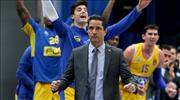 Maccabi FOX, Sfairopoulos ile uzattı
